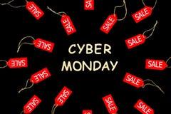De Vakantie van de Cybermaandag De rode het winkelen etiketten van de verkoopkorting stock afbeelding