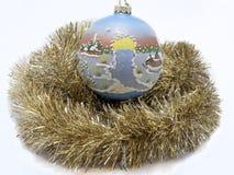 De vakantiespeelgoed van het Kerstmis nieuw jaar over witte achtergrond Royalty-vrije Stock Afbeeldingen