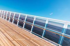 De Vakantiethema van het cruiseschip royalty-vrije stock foto's