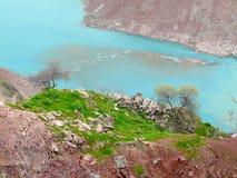 De Vakhsh-rivier van hoogte van de vlucht van de vogel Stock Fotografie