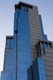 De valkberg van de wolkenkrabber Stock Afbeelding