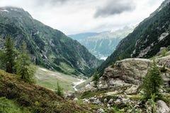 De Vallei van de berglente Stock Foto