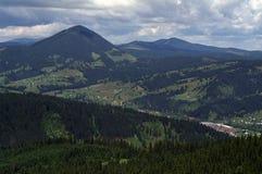 De vallei van Dorna Stock Afbeeldingen