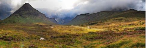 De vallei van hooglanden Stock Afbeelding