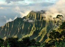 De Vallei van Kalalau bij Zonsondergang Royalty-vrije Stock Afbeelding