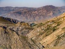 De Vallei van de Vallei van Moordenaarsalamut in Iran stock foto