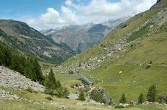 De vallei van Prapic (Alpen) royalty-vrije stock fotografie