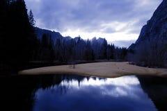 De vallei van Yosemite in de winter Stock Afbeeldingen