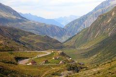 De valleilandschap van de berg. Stock Afbeeldingen
