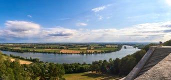 De valleipanorama van Donau van de beroemde tempel Walhalla dichtbij Regensburg, Beieren, Duitsland Stock Afbeeldingen