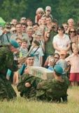 De valschermjagers tonen hun standvastigheid aan Royalty-vrije Stock Fotografie