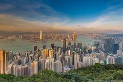 De van bedrijfs Hong Kong centrale bureaubouw luchtmening van de binnenstad, over de Piek Stock Afbeeldingen