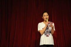 De van de klassengraduatie van China Jiaotong van de studentenmoderator Universitaire -2011 dansende het Overlegpartij Royalty-vrije Stock Afbeeldingen