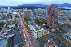 De Vancôver arquitetura da cidade BC no crepúsculo Fotos de Stock Royalty Free