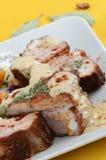 De varkensvleesribben met mosterd en de kruiden sluiten omhoog Royalty-vrije Stock Foto
