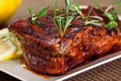 De varkensvleesribben, vertragen gekookt Stock Afbeeldingen