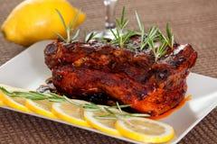 De varkensvleesribben, vertragen gekookt Royalty-vrije Stock Foto's