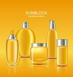 De vastgestelde Schoonheidsmiddelen van de Zonneschermbescherming De Containers van de zonzorg Royalty-vrije Stock Afbeeldingen