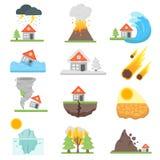 De vastgestelde vectorillustratie van het huisverzekeringsbedrijf met huispictogrammen die aan natuurlijke gebeurtenissen of ramp Royalty-vrije Stock Afbeelding