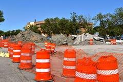 De vaten blokkeren een wegenbouwplaats Royalty-vrije Stock Fotografie