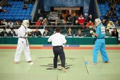 De vechters treffen voor voorbereidingen bij Kop van de Wereld 2011 KUDO Royalty-vrije Stock Foto's
