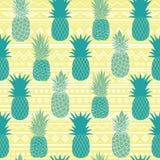 De vector blauwe gele stammen naadloze ananassen vectorachtergrond herhaalt patroon De zomer kleurrijke tropische textieldruk Stock Fotografie