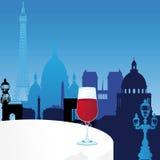 De vector illustratie van Parijs met glas wijn Royalty-vrije Stock Fotografie
