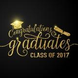 De vector op zwarte graduatiesgelukwensen als achtergrond behaalt de klasse van 2017 een diploma Stock Foto's