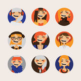 De vector plaatste met vrouwelijke hipsteravatars die en bij toeschouwer in cirkels glimlachen letten op Heldere karakters met di Royalty-vrije Stock Afbeeldingen