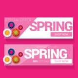 De de vector van het het ontwerpmalplaatje van de de lenteverkoop banner of markering op roze achtergrond Het abstracte roze etik Stock Fotografie