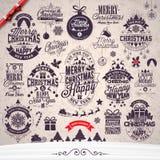 De vector Vrolijke Kerstmisvakantie en de Gelukkige Nieuwjaarillustratie met typografisch ontwerp plaatsen op de achtergrond van  royalty-vrije illustratie