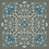De vectordruk van Bandana van het ornamentborduurwerk bloemen, de sjaal van de zijdehals of het hoofddoek vierkante patroon ontwe stock illustratie