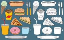 De vectorreeks hand getrokken krabbels van snackvoedsel en dranken, zowel kleur als wit vult, op achtergrond Stock Fotografie