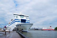 De veerboot van de passagier in Helsinki stock afbeelding