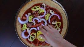 De vegetarische tijdspanne van de pizzatijd stock videobeelden