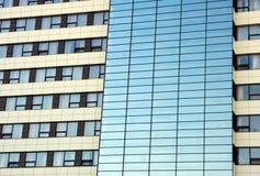 De vensters van het hotel stock foto's
