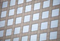 De vensters van het voorgevelglas van een gebouw Stock Afbeelding