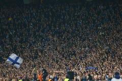 De ventilators die van dynamokyiv genoteerd doel, de Ligaronde van UEFA Europa van 16 tweede beengelijke tussen Dynamo en Everton Stock Fotografie