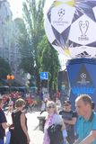 De ventilatorstreek is def. van de UEFA-Kampioenenliga Stad van Kiev ukraine royalty-vrije stock afbeelding