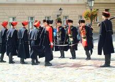 De verandering van de het regimentswacht van Kravat Stock Afbeeldingen