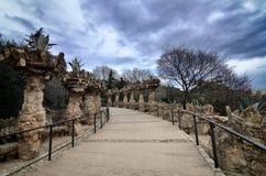 Parc Guell is het beroemde en mooie die park door Antoni Gaudi wordt ontworpen Stock Foto's