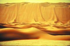 De verbazende vormingen van het zandduin in Liwa-oase, Verenigde Arabische Emiraten royalty-vrije stock foto