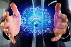 de verbinding van het wifisymbool door multimedia en Internet dat app wordt omringd Stock Afbeeldingen