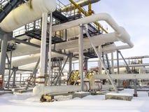 De verdeler van de eindfase is tubulair Materiaal om water van olie te scheiden Materiaalolievelden van Westelijk Siberië Royalty-vrije Stock Fotografie
