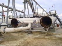 De verdeler van de eindfase is tubulair Materiaal om water van olie te scheiden Materiaalolievelden van Westelijk Siberië Stock Afbeelding