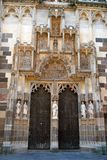 De verfraaide deur van de Kathedraal van St Elisabeth royalty-vrije stock foto