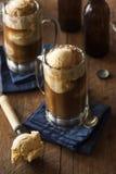 De verfrissende Vlotter van het Wortelbier stock afbeeldingen