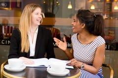 De vergadering van de koffiewinkel Stock Foto