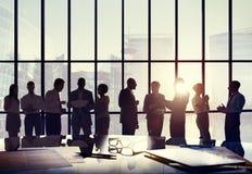 De Vergaderingsbestuurskamer van de bedrijfsmensenconferentie het Werk Concept royalty-vrije stock afbeeldingen