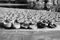 De Vergeten Strandschoenen stock afbeeldingen